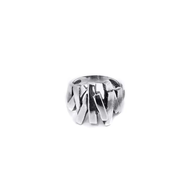 Нестандартен сребърен пръстен ЗИГ - ЗАГ