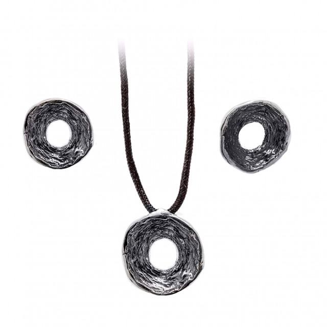 Стилен сребърен комплект от обеци и медальон КРЪГ
