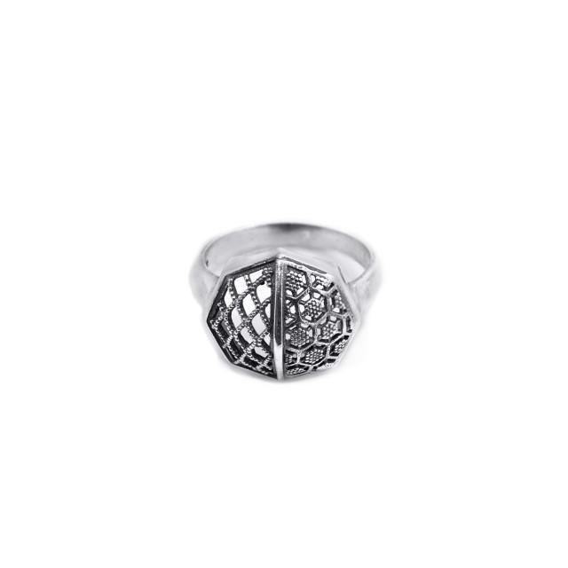 Сребърен пръстен ПЧЕЛНА ПИТА